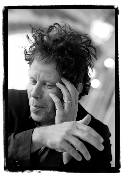TOM WAITS by GUIDO HARARI