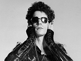 Lou Reed, Holding Head, Londra, 1975 by MICK ROCK